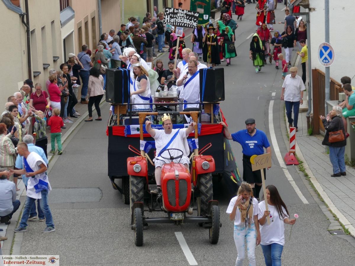 7569 - Nusslocher Festumzug - 48