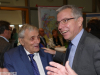 Bruno Sauerzapf mit Landrat Dallinger