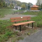 FDP Leimen spendete 2 Holzbänke für Gauangelloch
