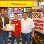 Werbung paradox? Fody´s beschenkt Shell-Kunden! Shell beschenkt Fody´s Kunden!