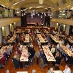 Über 450 Besucher bei der Seniorenadventsfeier in der Festhalle des HeidelbergerCement