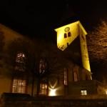 Mut zum Frieden - Friedenslicht in der Mauritiuskirche an Weihnachten
