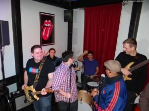 061 - Dicke Kinder Janssen's Musik-Bar 1