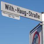 Straßenschildzusatz: Wilhelm Haug –</br>Direktor des Zementwerkes, Ehrenbürger Leimens