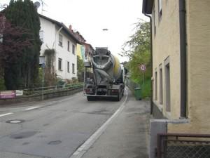 371 - Verkehr in Gauangelloch 001