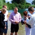 14. Juli – Taufen wie zu Zeiten der Bibel & Krabbelgottesdienst