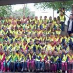 Automobilclub Leimen und CDU spendeten Sicherheitswesten für Schulanfänger
