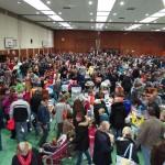 Video: Schlümpfe Flohmarkt – Riesiger Besucherandrang – Voller Erfolg