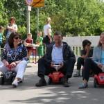 Spiel und Spaß in der Schlossbergschule – Claudia Felden gewinnt Bobbycar-Rennen