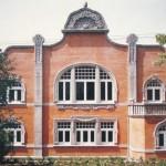 Das alte Jugendstil-Hallenbad von Heidelberger Zement ist heute Kantine