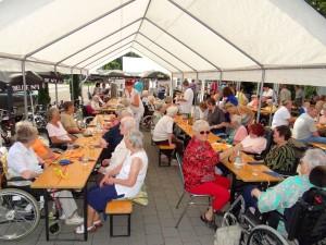 4064 - Gartenfest Dr-Ulla-Schirmer-Haus - 4