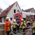 Brand in Reilinger Hauptstraße: 50 Einsatzkräfte vor Ort – Keine Verletzten