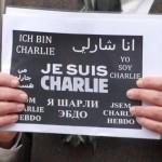 JE SUIS CHARLIE – Ökumenische Mahnwache – Rathaus mit Trauerbeflaggung