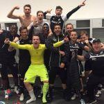 Wie heißt die beste Fußball-Zweitliga-Mannschaft des Jahres 2015? SVS! SVS!