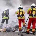 Sandhausen: Ladung von Mülltransport brannte – Fahrer rettet geistesgegenwärtig Fahrzeug