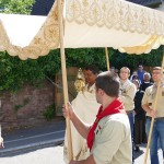 Corona-Regeln auch an Fronleichnam beachten - Zehnergruppen in Gaststätten erlaubt