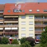 Feuerwehr-Großeinsatz in der Tinqueux-Allee: Wohnungsbrand im Obergeschoss