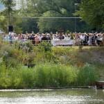 Großer Taufgottesdienst am Angelsee – Die perfekte Kulisse für 12 Täuflinge