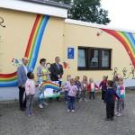 """Nicht mehr """"unsichtbar"""": Kindergarten Probsterwald mit peppiger Außenfassade"""