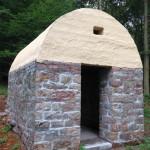Schützenhäusel saniert: Ehrenamtliche Arbeit sorgt für neuen Blickfang im Wald