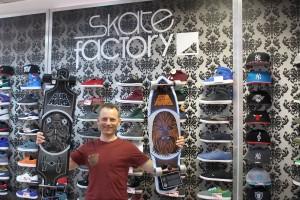 5835 - Skate Factory - 1