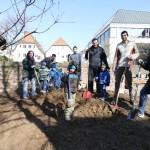 Elisabeth-Ding-Kindergarten: </br>Viele Helfer beim Umbau der Außenanlage