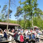 Runderneuerter Sandhäuser Waldfestplatz vom SC am Vatertag eingeweiht