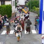 Nur knapp an der Blitz-Absage vorbei: Gauangellochs historischer Festumzug