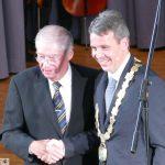 Offizielle Zeremonie: Oberbürgermeister Hans Reinwald ins neue Amt eingeführt