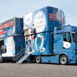 DISCOVER INDUSTRY – Mobile Industriewelt zu Gast an weiterführenden Schulen