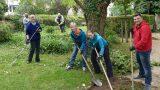 "Freiwilliger Arbeitseinsatz: Menzerpark auf gutem Weg zum ""Leimener Keukenhof"""