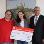 1.050 € aus Sandhäuser Hobbykünstler-Ausstellung gingen als Spende an AWo