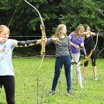 Ferienspaß: 15 Jugendliche beim SSV St. Ilgen in den Bogensport eingewiesen