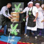 Rekord in Dilje: Der wohl längste Faßbieranstich in der Geschichte des Faßbieres
