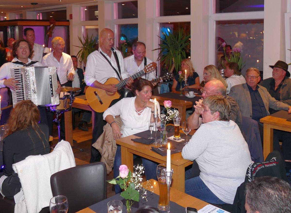 Hammerparty im Fody\'s Restaurant - 200 Gäste feierten die neue Küche ...