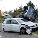 Sandhausen: Zwei Verletzte bei spektakulärem Verkehrsunfall