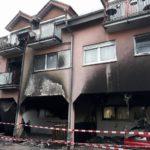 Leimen: Mülltonnenbrand greift auf Wohnhaus über – Schaden ca. 120.000 Euro