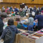 Briefmarken, Münzen, Postkarten: Nachwuchs fehlt - Sammlungspreise gehen zurück