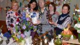 Das Heim österlich verschönern: Deko-Unikate gab es auf dem 26. AWO Ostermarkt