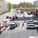 Mitten in Leimen: Schlägerei an der Shell-Tankstelle – Zwei Verletzte