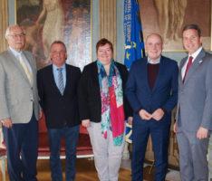 MdL Daniel Born zu Besuch im Leimener Rathaus