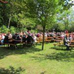 Gut besuchtes Waldfest des FV Nußloch im Brunnenfeld - Feuerstelle qualmte noch