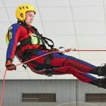 Rettungsschwimmer: DLRG-Training im Leimener Hallenbad
