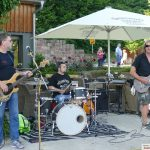 Klasse Open Air Party mit Uwe Janssen und Band im Landgut Lingental