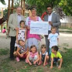 2. Ahmadiyya Charity Walk Leimen - Spenden an Kindergärten