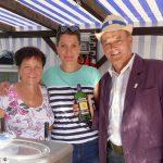 Leimens Tschechische Partnerstadt Kunin mit Budweiser und Pilsener auf der Kerwe