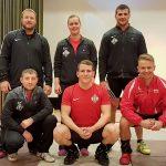 Bundesliga Spitzenkampf gegen den Meister: Drei Heber beginnen das Stoßen mit 200 kg