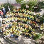 Stolze Erstklässler der Leimener Turmschule erhielten ihre Verkehrswarnwesten