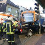 Leimen: Kollision zwischen Pkw und Straßenbahn - zwei Personen leicht verletzt