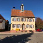 Bürgerhaus Ochsenbach strahlt in neuem Glanz Fassade und Sockel wurden hergerichtet